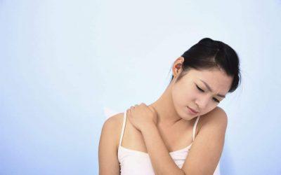Nackenverspannungen mit Übungen vorbeugen und bekämpfen
